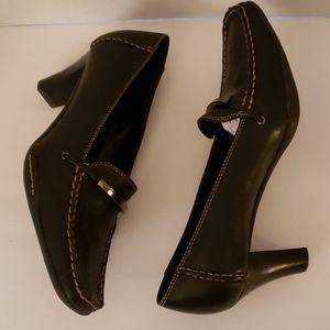 Aerosoles leather shoes size 9.5